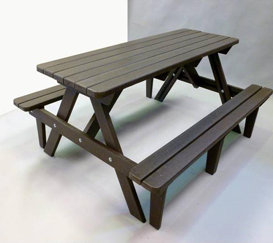 Muebles de pl stico novacicla for Muebles de plastico para exterior